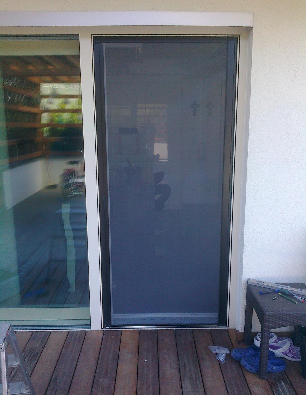 Zanzariere per finestre e porte sonnex cool living - Adesivi oscuranti per finestre ...